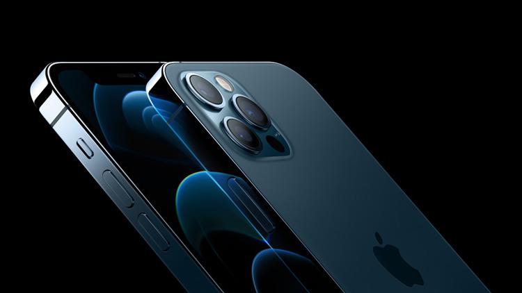 Сравнение аккумуляторов iPhone 11 и iPhone 12