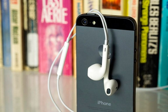 Apple лишит IPhone разъема 3,5 мм