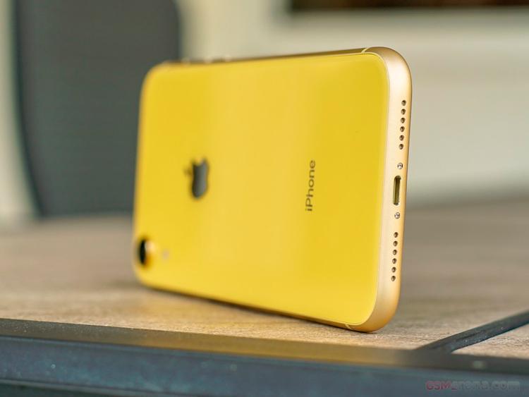 iPhone XR - отличия копии от оригинала
