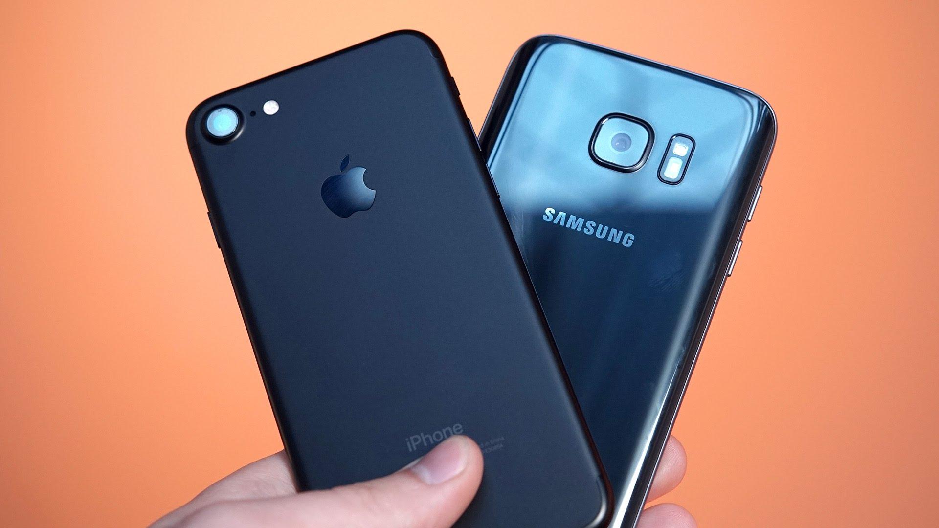 iPhone 7 vs Galaxy S7: задние панели