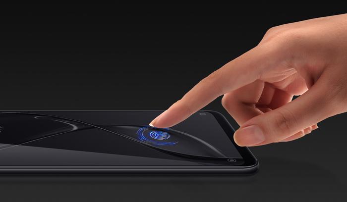 Сяоми Ми 8 - сканер отпечатков пальцев в дисплее